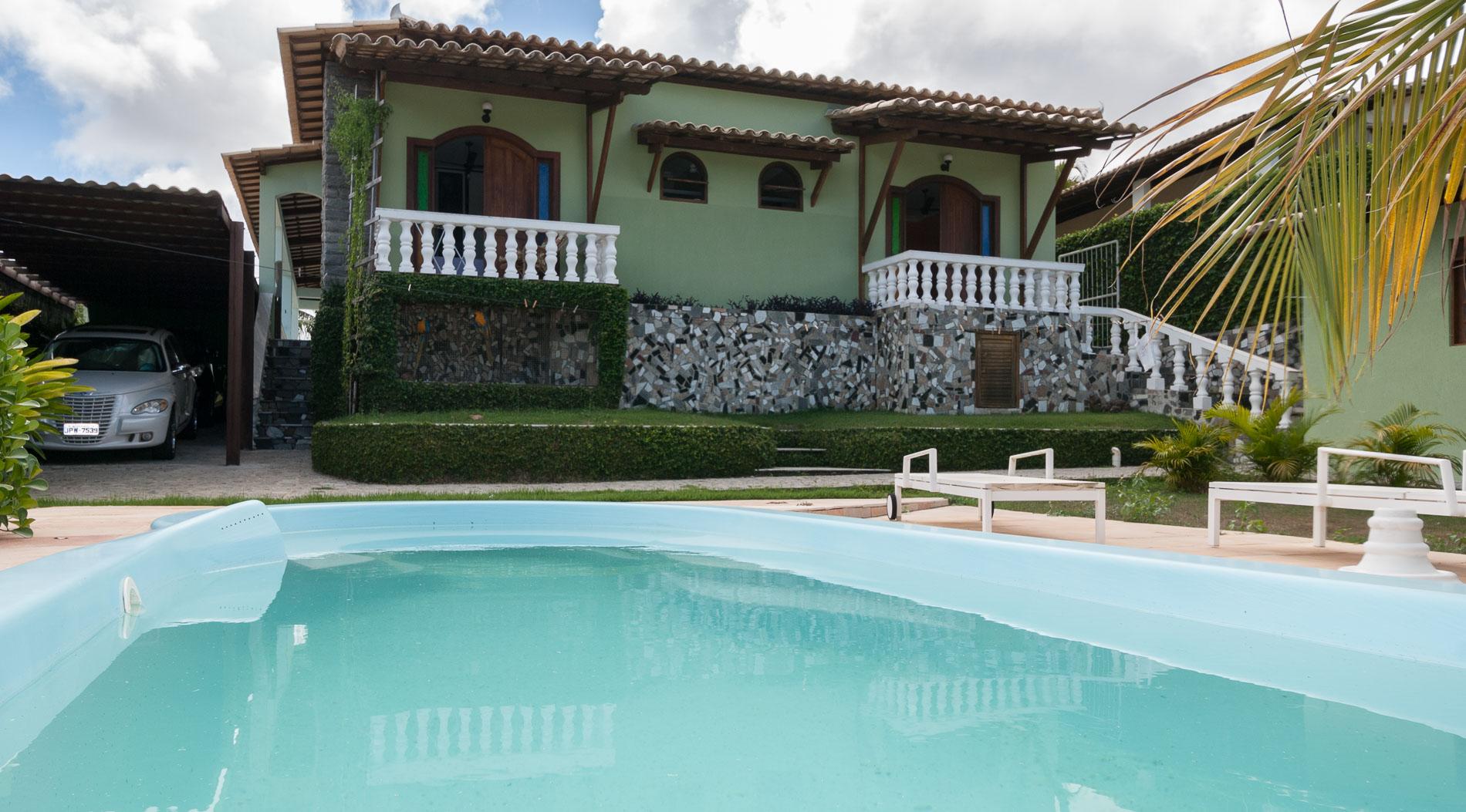 Casa t rrea com piscina a venda em lauro de freitas for Piscina in casa