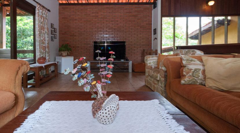 Linda casa rústica a venda Encontro das Aguas-17