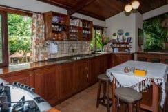 Linda casa rústica a venda Encontro das Aguas-23