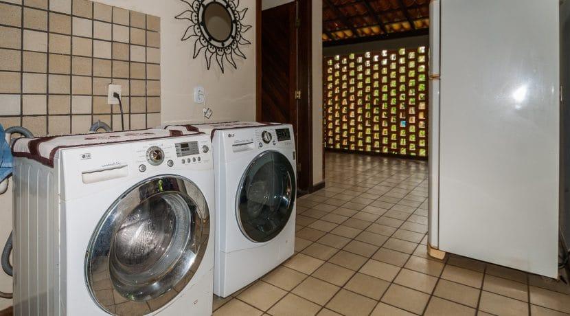 Linda casa rústica a venda Encontro das Aguas-24