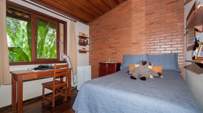 Linda casa rústica a venda Encontro das Aguas-34
