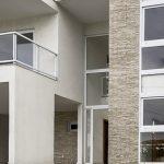 Nova casa com piscina a venda Alphaville Litoral Norte vídeo 4K
