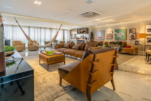 Spectacular and luxurious apartment for sale in Le Parc